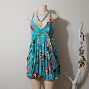 AMERICAN RAG FLORAL PRINT BUBBLE STYLE DRESS!